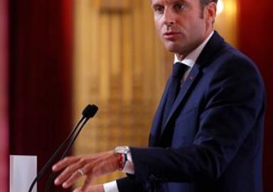 Macron Algeria Pic